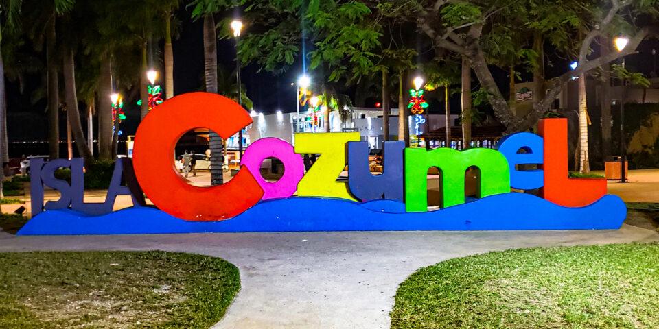 letras Cozumel, Parque Benito Juarez Cozumel